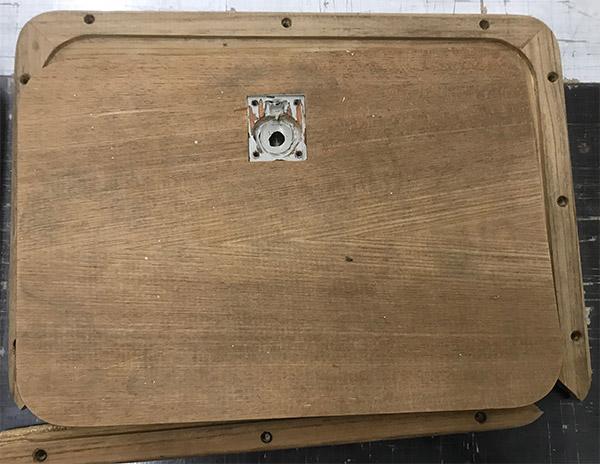 Alte Holzklappe
